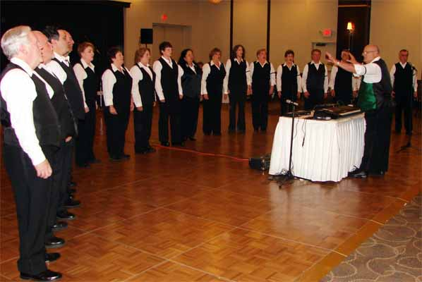 photos/2014/14-GAS-unknown-choir.jpg