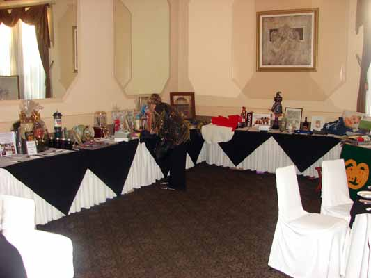 photos/2014/14-gala-auction.jpg
